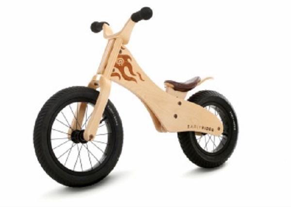 Pozitivni vplivi poganjalca na razvoj otrokovih motoričnih sposobnosti